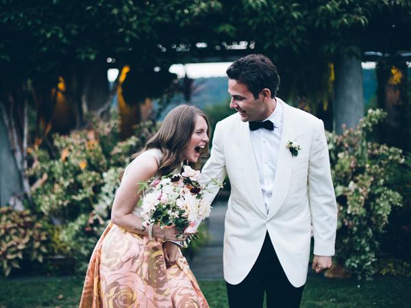 Веселье на свадебном банкете