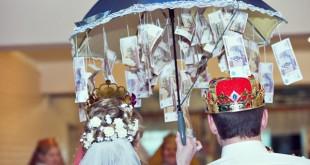 Оригинальный денежный подарок на свадьбу