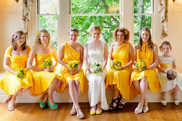 красивые подруги невесты