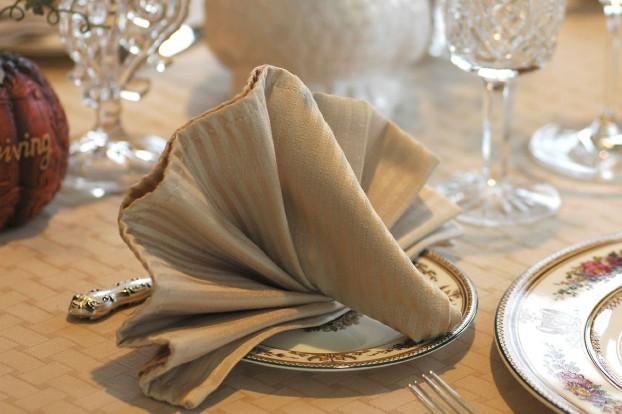салфетка оригами на свадьбу