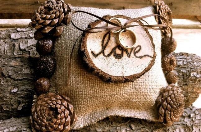 Подушечка для колец на свадьбу из натуральных природных материалов