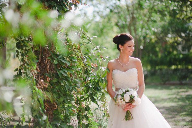 Свадебные прически пучком