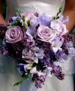 Букет невесты в сиреневом оформлении