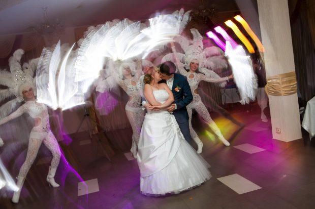 Танец жениха и невесты с сюрпризом